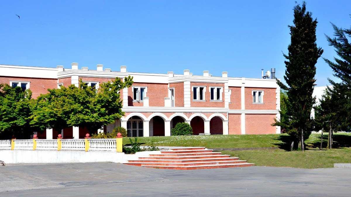 chateau-Winery-Khareba_ludwik_lewin